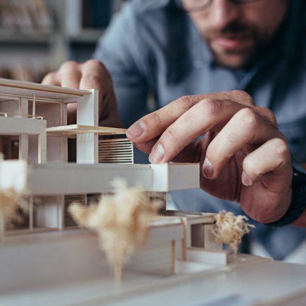 Architecte VS constructeur à qui confier votre projet de construction